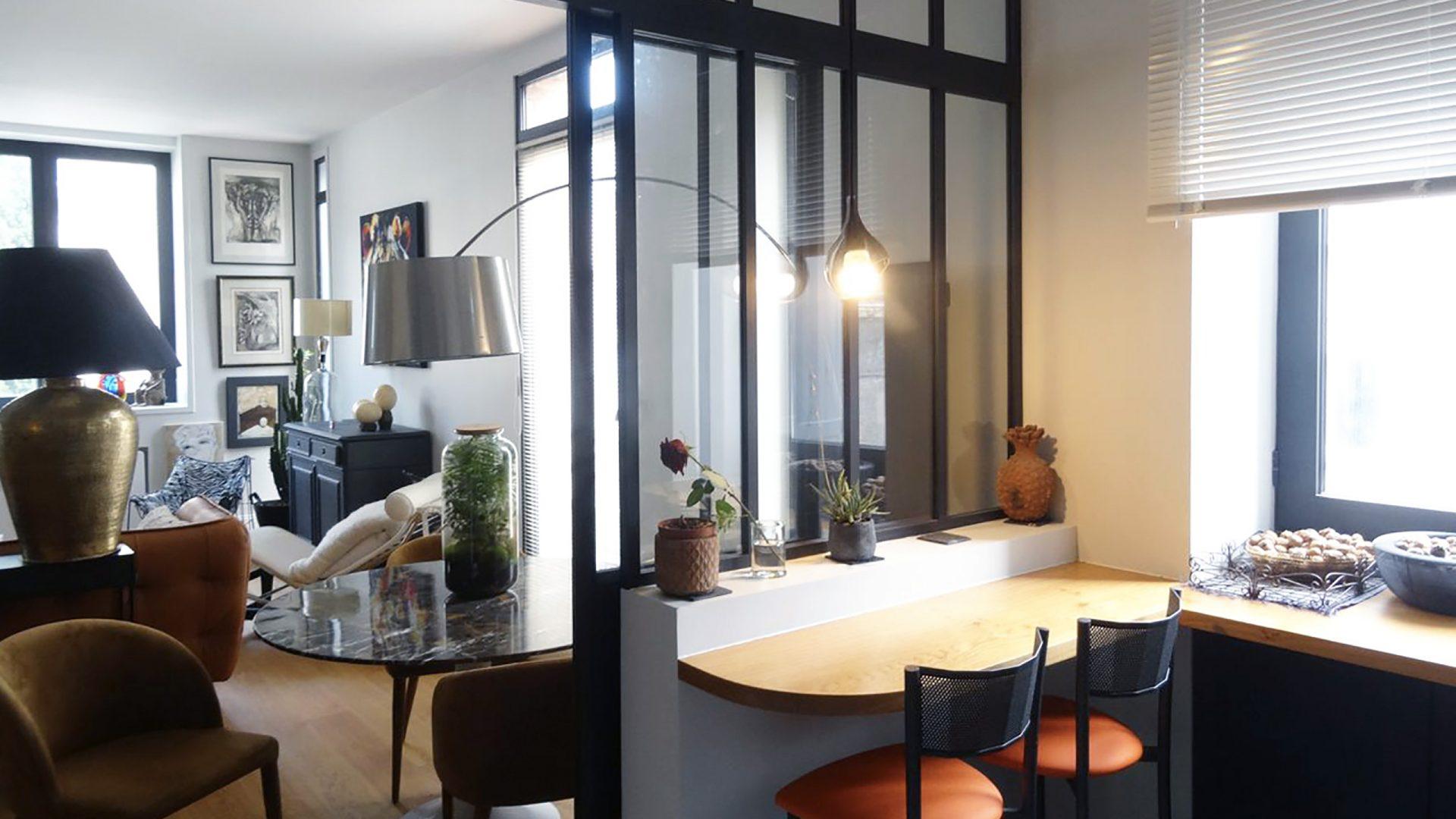 appartement contemporain avec stationnement - Tours centre – secteur Halles - Cabinet HOLSTEIN