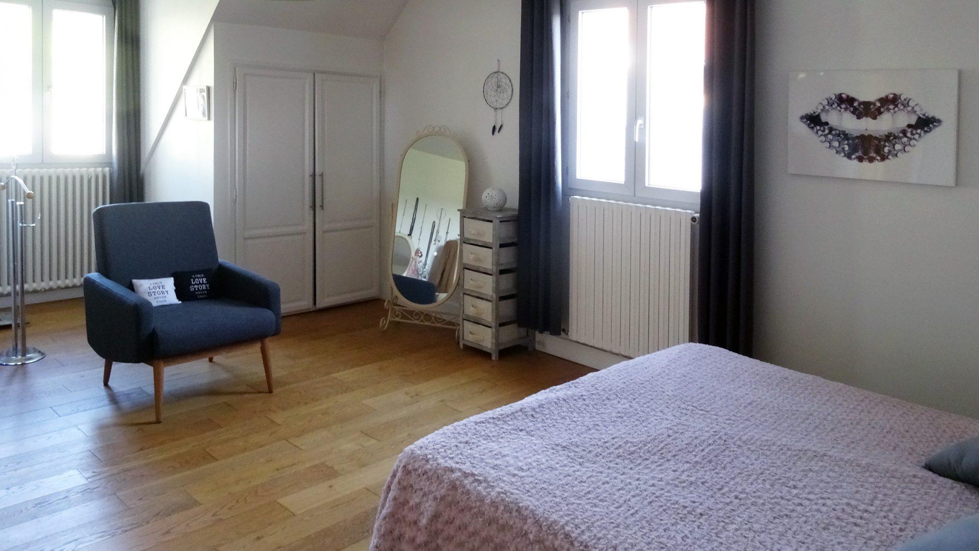 maison traditionnelle revisitée avec annexes et jardin - Cabinet HOLSTEIN